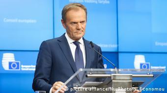 Tρίμηνη παράταση προτείνει ο Ντόναλντ Τουσκ
