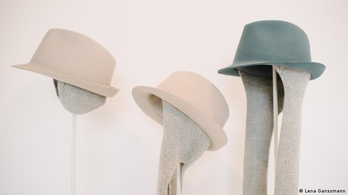 three hats on stands (Lena Ganssmann)