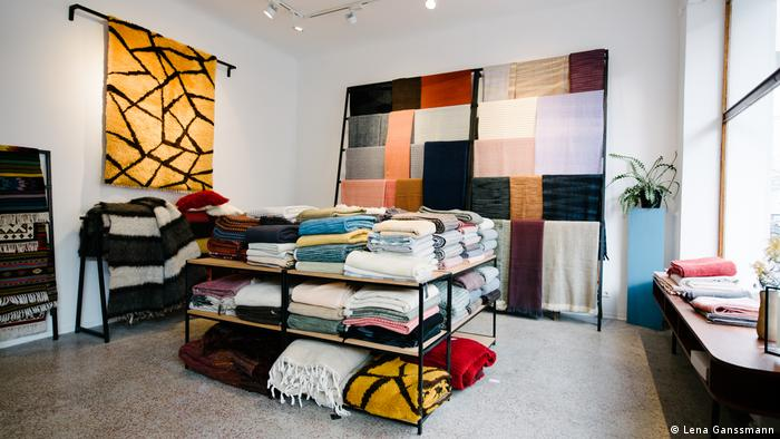 blankets, carpets and scarves stand out in a bright Kreuzberg store (Lena Ganssmann)