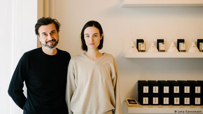 Mario Lombardo with his partner Vanessa Obrecht (Lena Ganssmann)