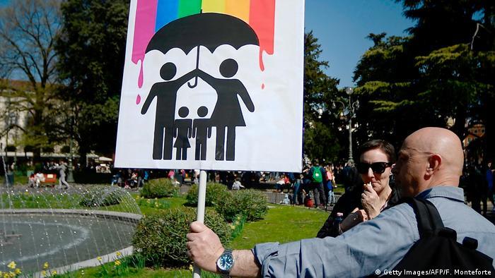 Aktivisti organizacije Pro family na Svjetskom kongresu obitelji u Veroni