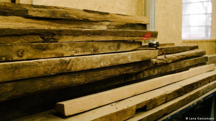 wood cuts (Lena Ganssmann)