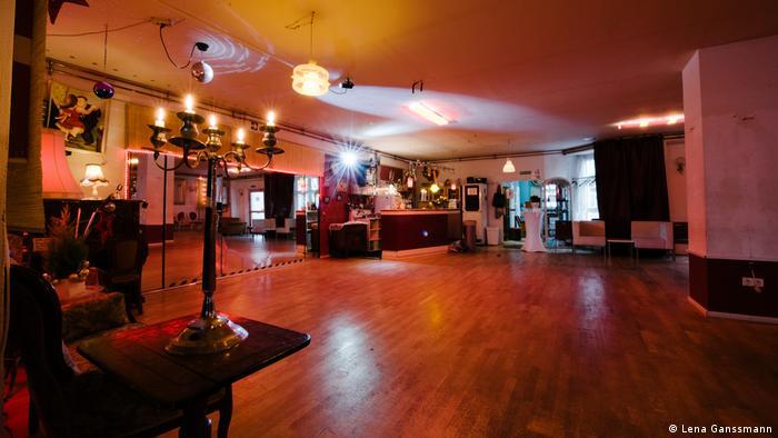 dance studio (Lena Ganssmann)