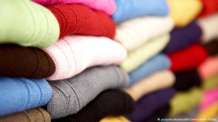 Symbolbild Kleidungskauf