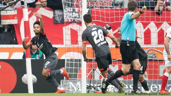 Fußball Bundesliga 1. FC Nürnberg - VfB Stuttgart (Getty Images/Bongarts/D. Kopatsch)