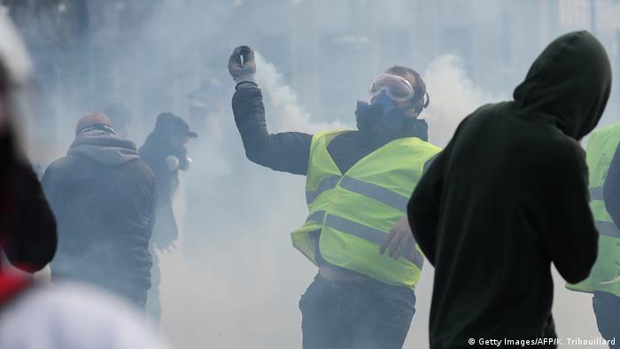 На акции протестов желтых жилетов