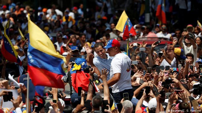 Venezuela Proteste gegen Präsident Maduro in Caracas