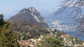 San Salvatore: Monte San Salvatore lies above Lugano in Ticino (DW/C. Deicke)