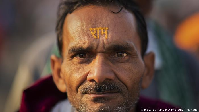 Indien - Hindu Nationalismus (picture-alliance/AP Photo/B. Armangue)