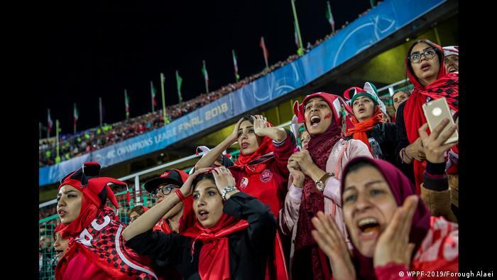Форук Алаї. З криком до свободи - World Press Photo