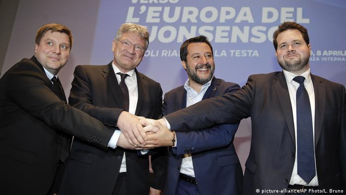 Italien Milan - Olli Kotro, Jörg Meuthen, Matteo Salvini und Anders Vistisen