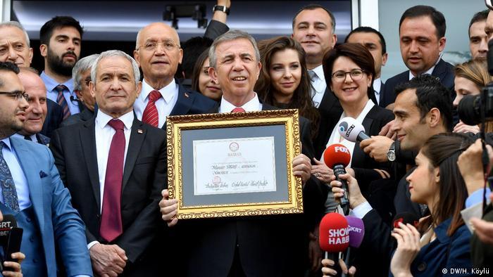 Türkei Kommunalwahl 2019 | Mansur Yavaş (CHP), neuer Oberbürgermeister in Ankara