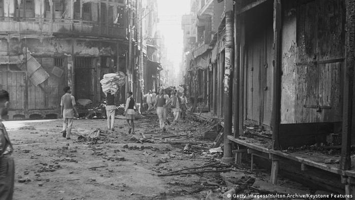 Amritsar'daki katliamda Hindistan kaynaklarına göre yaklaşık 1000 kişi öldü.