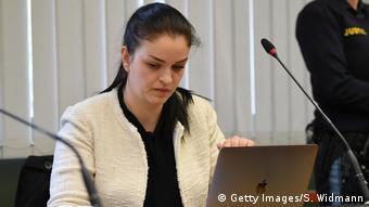 Deutschland München | Prozess Jennifer W., IS-Rückkehrerin | Anna Bonini, Klägerin