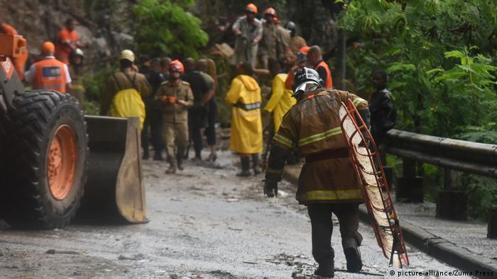 Brasilien Erdrutsch Unwetter Starkregen Regen Rio de Janeiro