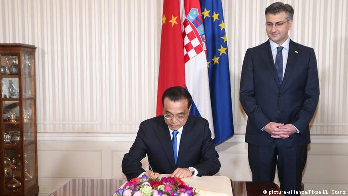China Kroatien Andrej Plenkovic Li Keqiang (picture-alliance/Pixsell/L. Stanz)