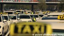 Deutschland Protest von Taxifahrern in Düsseldorf