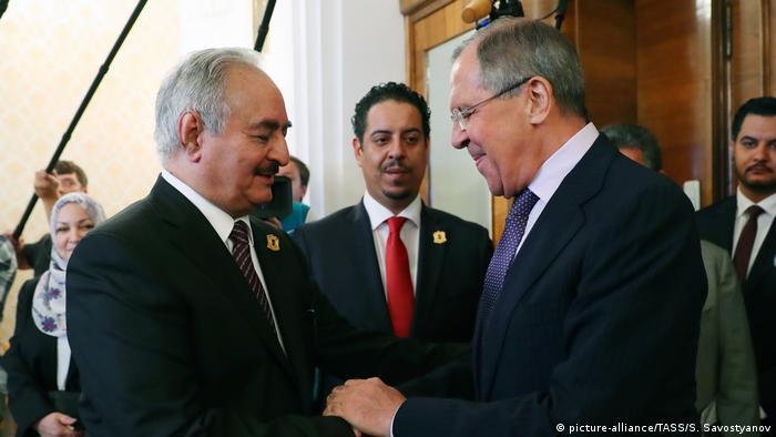 لقاء وزير الخارجية الروسي بحفتر في موسكو