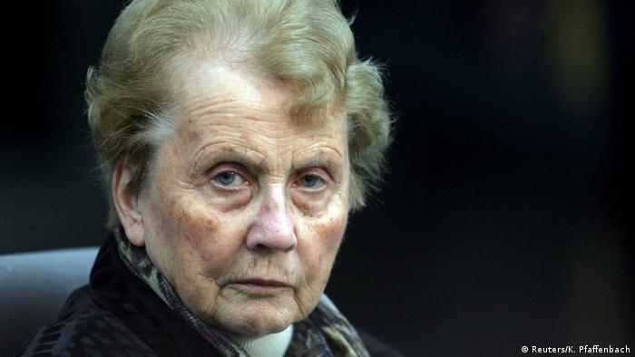 Angela Merkels Mutter Herlind Kasner (2005) (Reuters/K. Pfaffenbach)