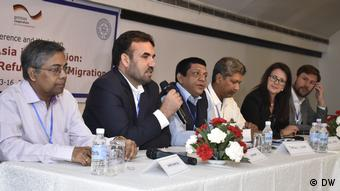 Panel discussion (left to right) including Samir Kuma Das, India; Said Nazir, Pakistan; Syed Tarikul Islam, Bangladesh; Mainul Khan, Bangladesh (DW)