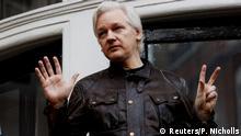 Großbritannien London- Julian Assange in der Botschaft von Ecuador