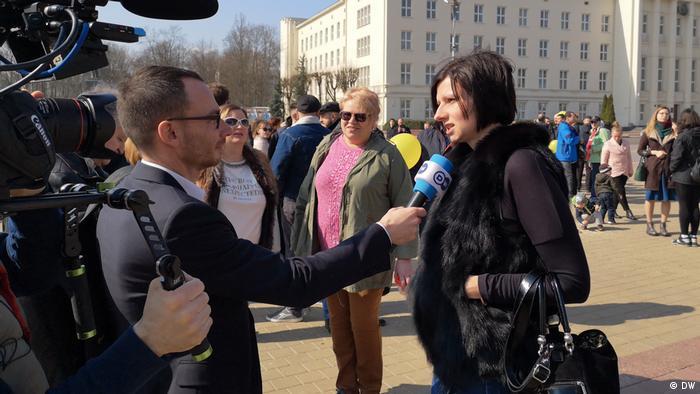 Demonstration gegen Batteriefabrik in Brest Weißrussland
