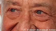 12.12.2018, Bayern, München: Dieter (Didi) Hallervorden, Comedian und Schauspieler, kommt zur 24. José Carreras Gala. Foto: Katharina Redanz/dpa | Verwendung weltweit