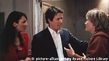 LOVE ACTUALLY [BR / US 2003] MARTINE MCCUTCHEON, HUGH GRANT, EMMA THOMPSON LOVE ACTUALLY [BR / US 2003] MARTINE MCCUTCHEON, HUGH GRANT, EMMA THOMPSON Date: 2003 (Mary Evans Picture Library) | Nur für redaktionelle Verwendung., Keine Weitergabe an Wiederverkäufer.