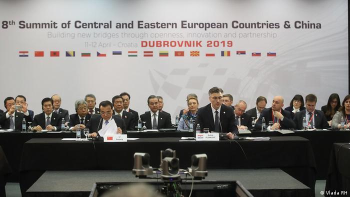 Kroatischer Premierministar Andrej Plenkovic und chinesischer Premierminister Li Keqiang in Dubrovnik (Vlada RH)