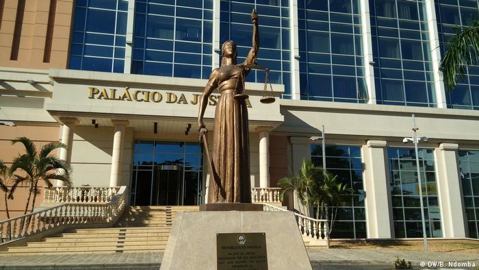 Angola Palast der Gerechtigkeit in Luanda