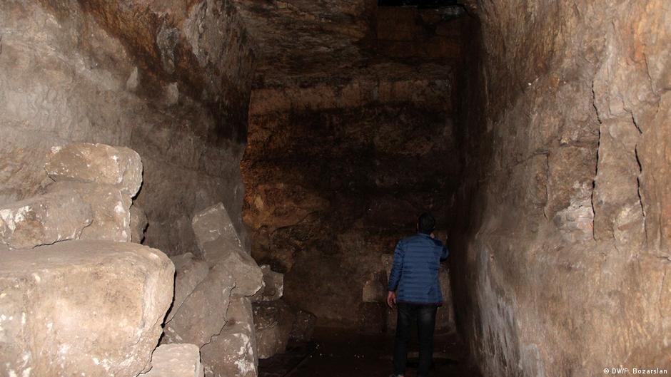 Ausgrabungsstelle um den Mithras-Tempel in Diyarbakir im Südosten der Türkei
