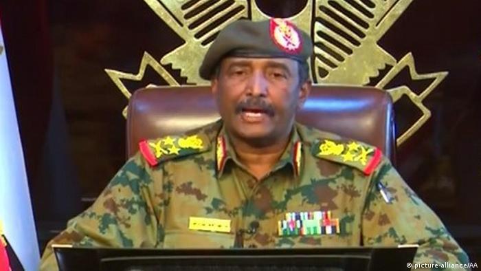 عبدالفتاح عبدالرحمن برهان، رهبر شورای انتقالی ارتش