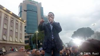 Albanien, Tirana, Proteste der Opposition gegen die Regierung (DW/A. Ruci)