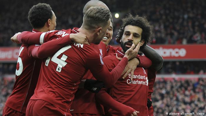 Liverpool's Mohamed Salah bejubelt seinen Treffer gegen den FC Chelsea