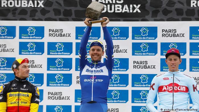 Frankreich Radrennen Paris–Roubaix 2019 | Winnaar Philippe Gilbert, Sieger & Nils Politt