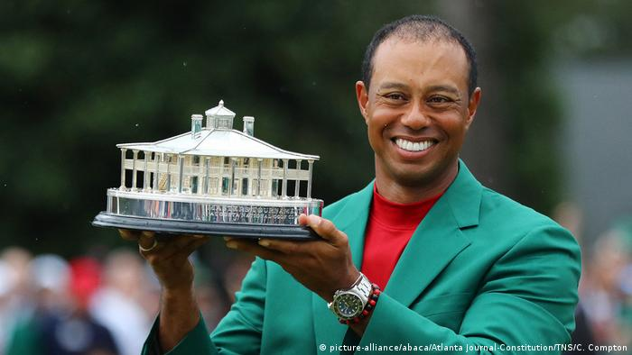 Golfsport Tiger Woods Sieger beim Masters in Augusta (picture-alliance/abaca/Atlanta Journal-Constitution/TNS/C. Compton)