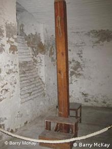 Hangman's noose on display in one of the reconstructed prison cells in the basement of the museum