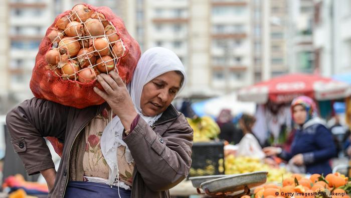 Markt Diyarbakir Türkei (Getty Images/AFP/I. Akengin)