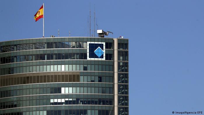 Spanien Hochhaus Torre Espacio in Madrid (Imago/Agencia EFE)