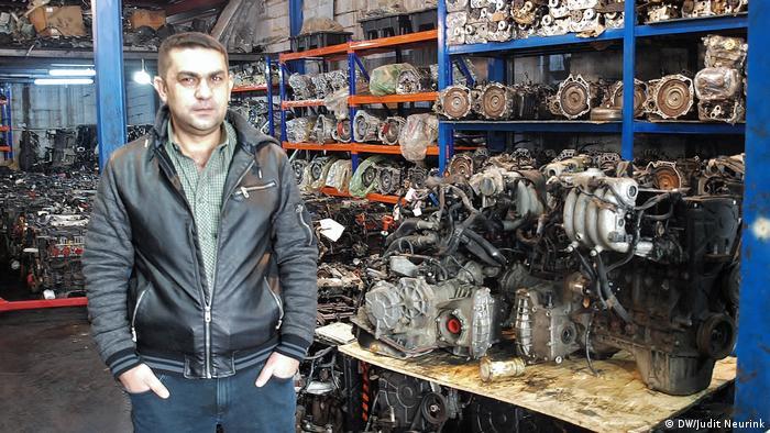 Irlib Millionengeschäft im Irak mit gebrauchten Autoteilen (DW/Judit Neurink)