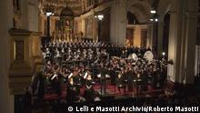 April 2019 Italien Mailand - Verdi Requiem Der Dirigent Teodor Currentzis in der Kirche San Marco in Mailand und sein Orchester..