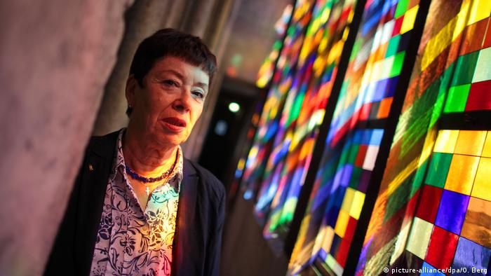 Barbara Schock-Werner next to the windows by Gerhard Richter in the Cologne Cathedral