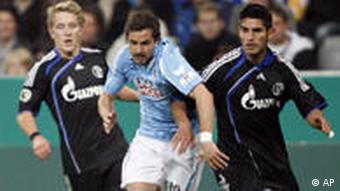 Fußball DFB-Pokal FC Schalke 04 1860 München