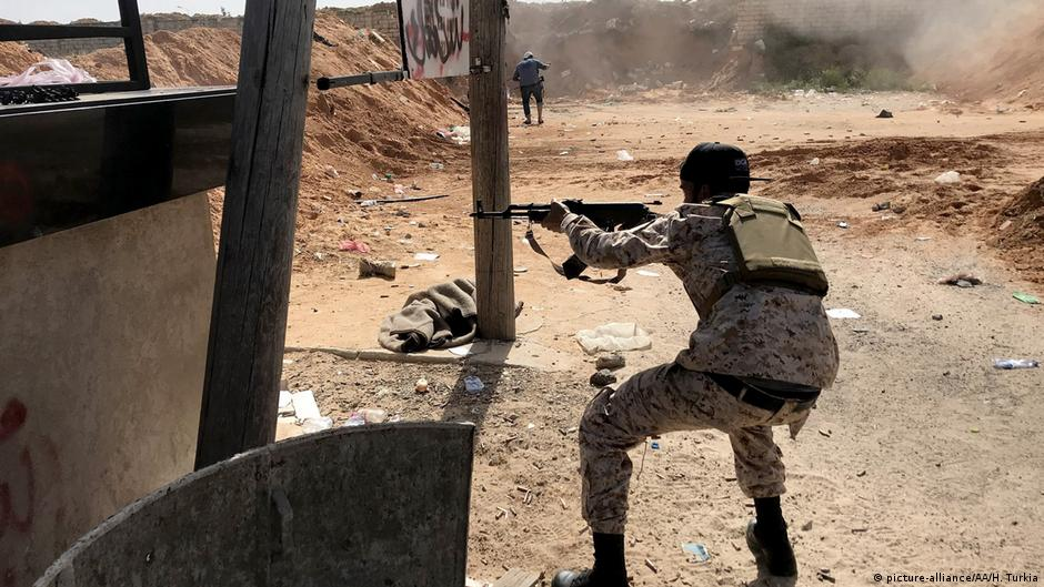 Libya: 'New phase' in fight for Tripoli