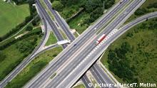 Portugal - Benzin geht aus - Symbolbild Leere Autobahn