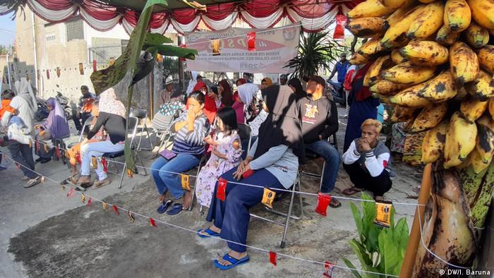 Indonesien Bandung - TPS Wahl (DW/I. Baruna)
