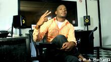Mosambik - Iko im Studio: Aktivist und Rapper