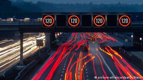 Γερμανία: η αιώνια διαμάχη για το όριο ταχύτητας