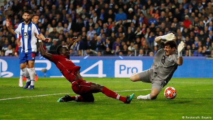 Champions League - Porto vs. Liverpool (Reuters/A. Boyers)