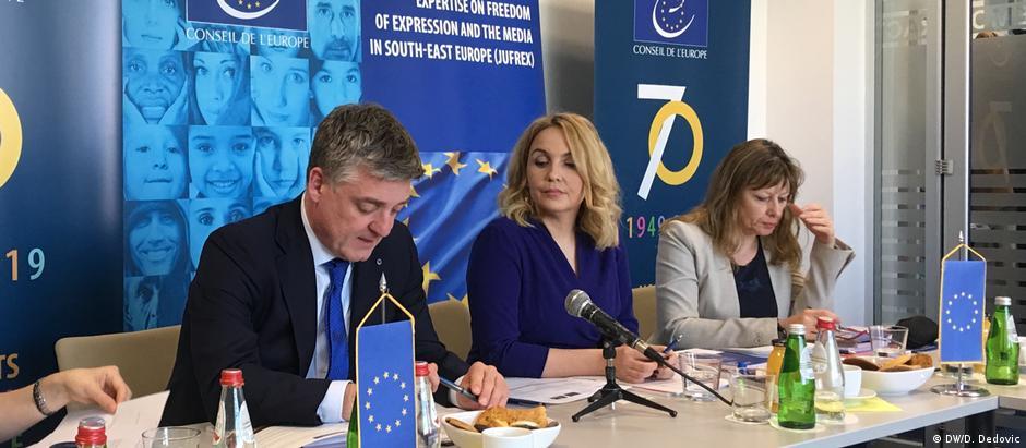 Serbien Belgrad PK Mitglieder Europarat (DW/D. Dedovic)